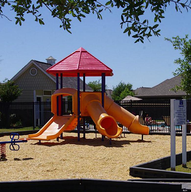 lockeridge amenities playground