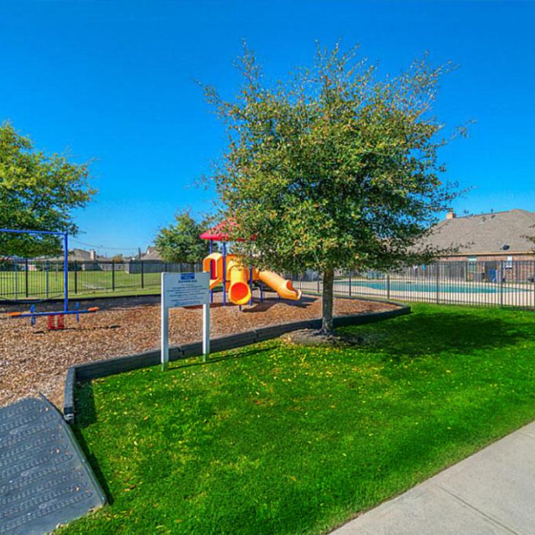 Playground - Lockeridge Farms Amenities